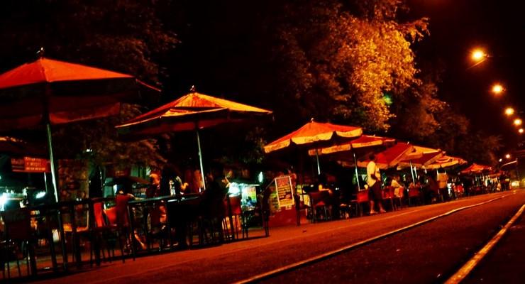 Tempat-Jajan-Malam-Di-Bandung