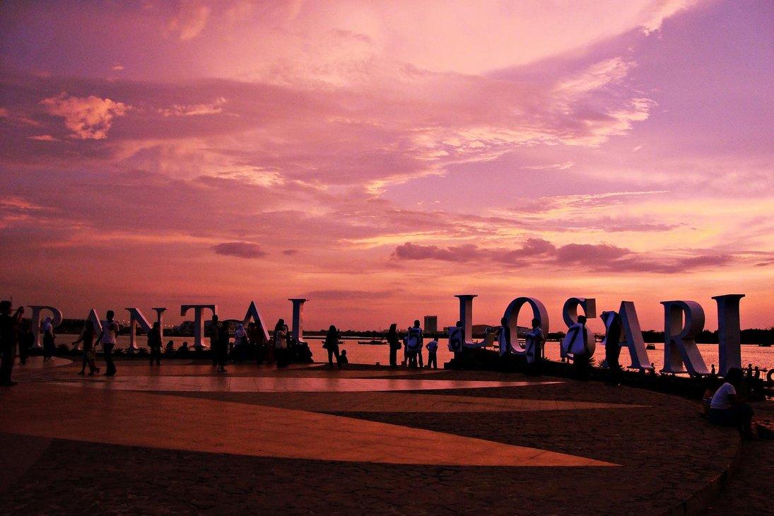 losari beach - Makassar