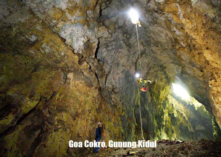Goa Cokro Gunung Kidul