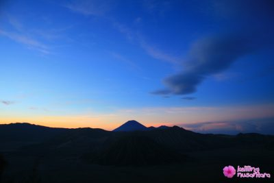 Mt. Bromo landscape from Penanjakan 400x267 Explore Mount Bromo and Madakaripura Waterfall Midnight