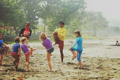 Kids surf lesson in Canggu Batu Bolong 400x267 Group Surf Lesson for School, Clubs and Corporate