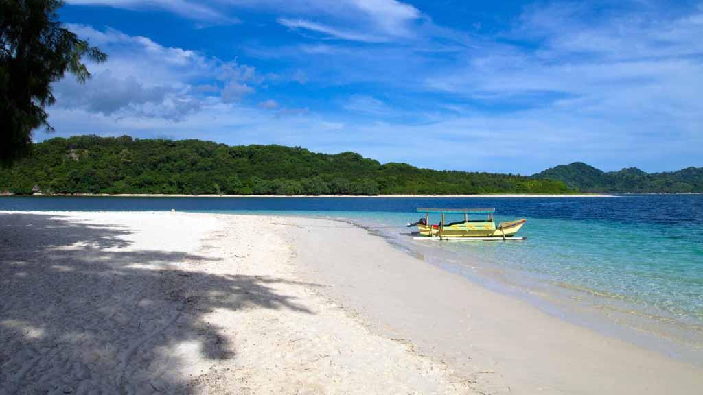 Pantai Pasir Putih Gili Nanggu - Lombok Barat