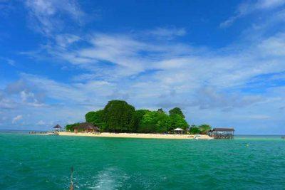 Pulau Samalona Makassar 400x267 Bali Surfing Lesson   Life Style   Fair Price Tripadvisor n AirBnB