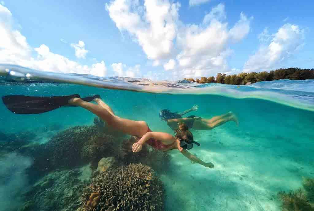 Snorkeling-in-Wakatobi