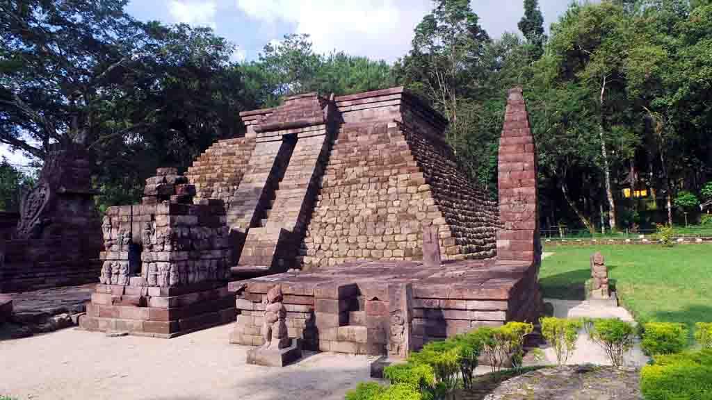 Tawangmangu Solo Day Tour Explore The Javanese Culture
