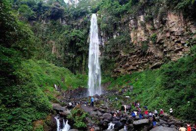 Grojogan Sewu waterfall 400x267 Welcome